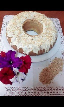 Torta con granella di arachide
